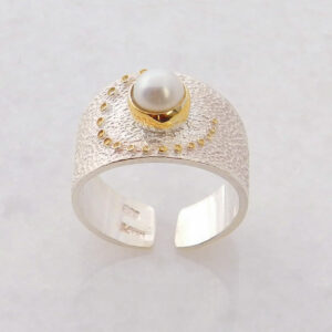 Open Band Round Pearl Ring
