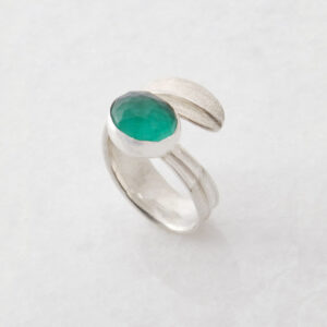 Oval Jade Leaf Ring