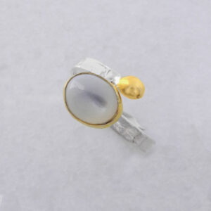 Cabochon Oval Moonstone Ring